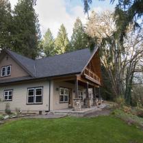 Clackamas River Lodge